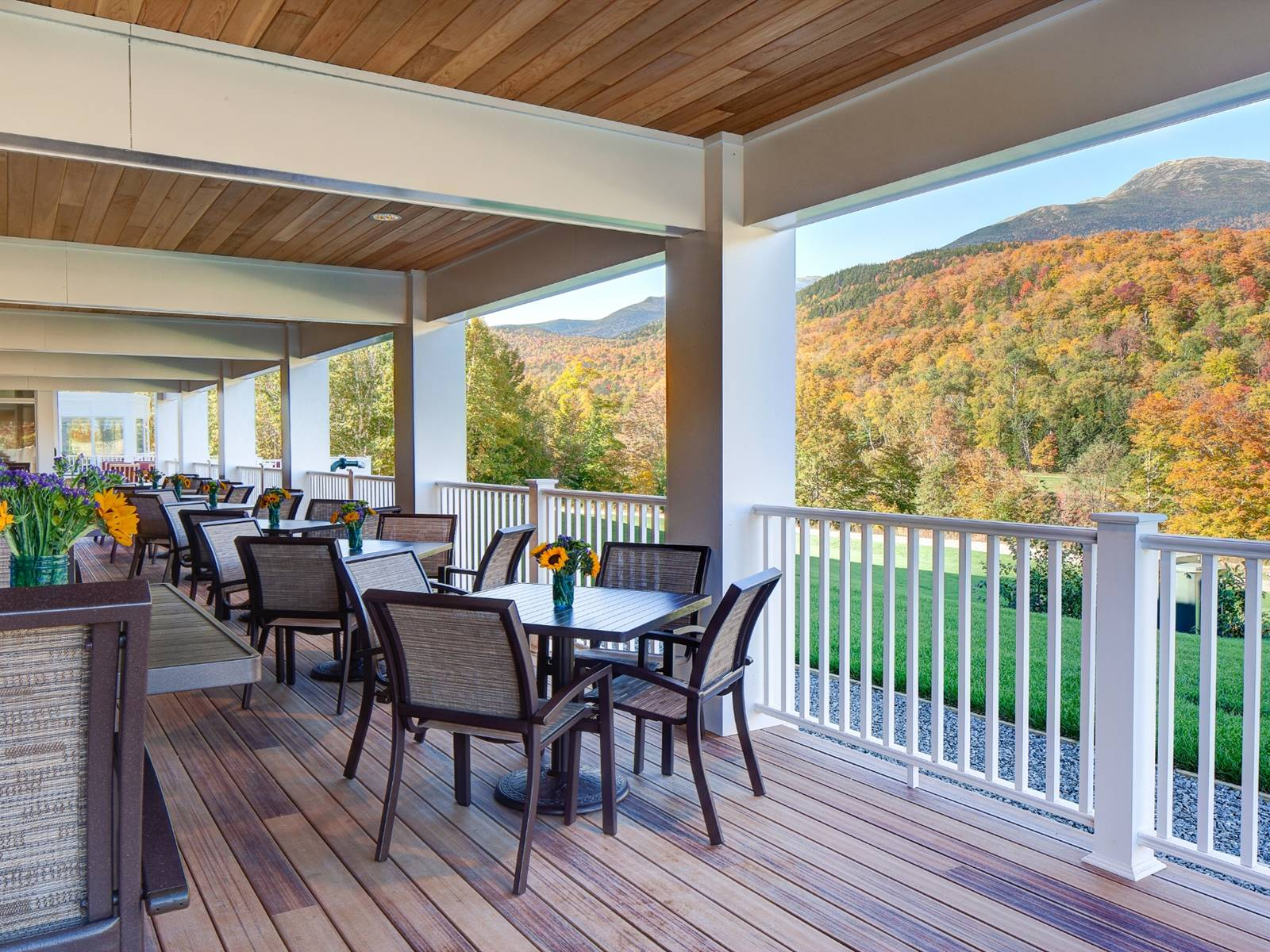 Deck Dining at The Notch Grille