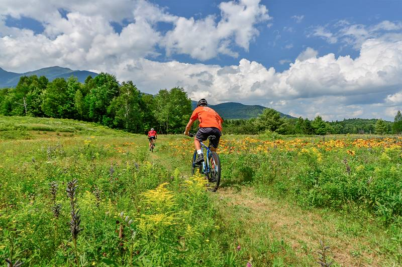 Couple Biking at Great Glen Trails