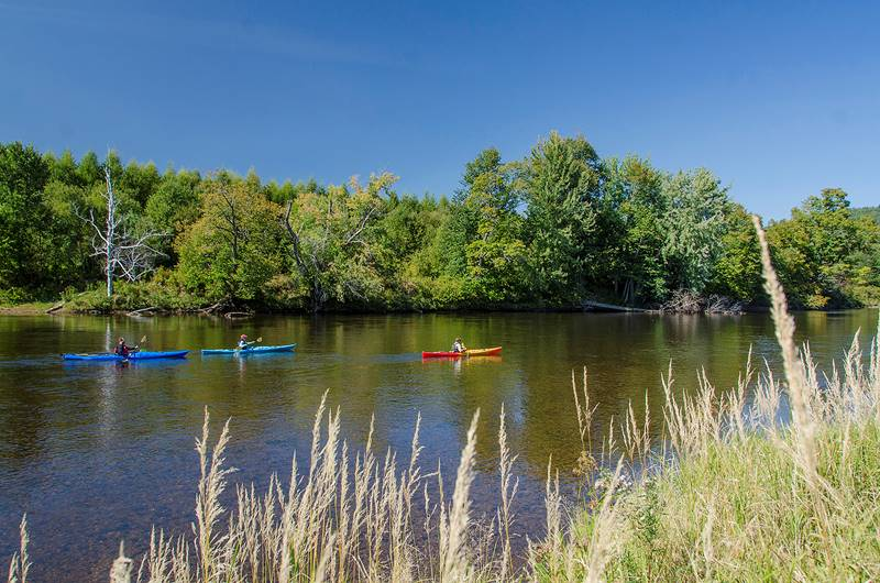Kayakers at Great Glen Trails